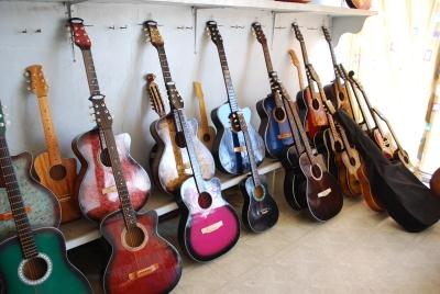 Guitar_Mactan_Cebu_store